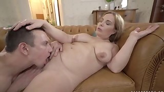 Busty natural MILF is enjoying anal pound