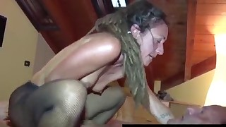 All-natural amateur MILF anal session