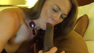 Good interracial MILF fuck with a black guy